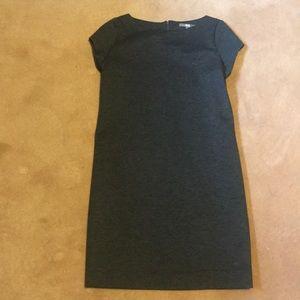 Uniqlo Grey Short Sleeved Dress Size S